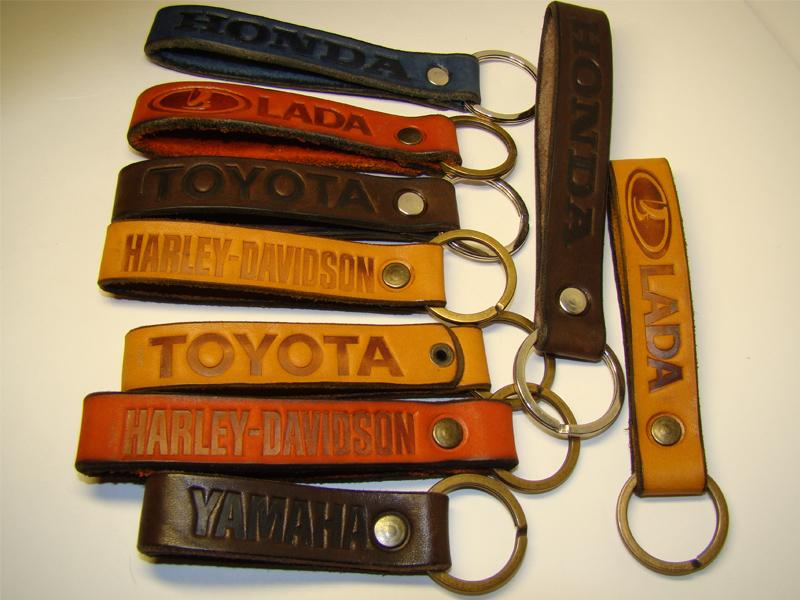 Брелок для ключей из кожи своими руками